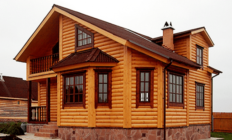 Будинок з блок-хауса